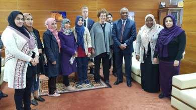 خيضر مالك مع سفيرة كندا لدى ليبيا هلاري آدامز