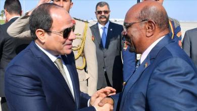 الرئيس السوداني عمر البشير وعبدالفتاح السيسي