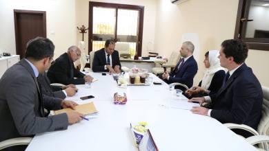 عثمان عبدالجليل في لقاء مع نائب رئيس بعثة السفارة الإيطالية نيكولا أورلاندو - طرابلس