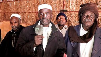جانب من ممثلي أسر ضحايا مذبحة براك، يدلون بمطالباتهم أمام كاميرا 218