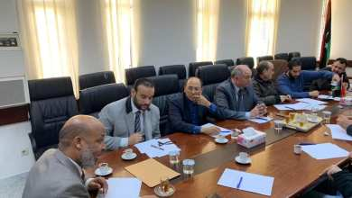 وزير الصحة المكلف بحكومة الوفاق في اجتماع-صورة أرشيفية