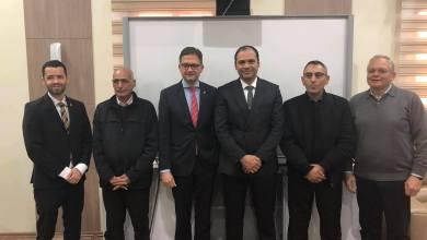 وزير التعليم في حكومة الوفاق عثمان عبد الجليل السفير الألماني لدى ليبيا أوليفر اوفتشا