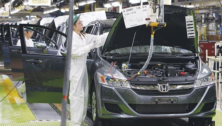 """شركة صناعة السيارات اليابانية """"هوندا"""""""