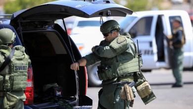 عناصر الشرطة الأميركية بولاية تكساس تواصل بحثها بعد حادثة إطلاق النار في مدينة حدودية مع المكسيك راح ضحيته 18 شخصاً مع عدد من الجرحى