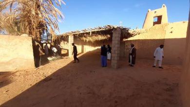 متطوعون في بلدة القعيرات بوادي الحياة لصيانة القرية القديمة