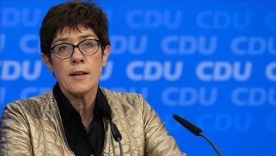 وزيرة الدفاع الألمانية أنيجريت كرامب كارنباور