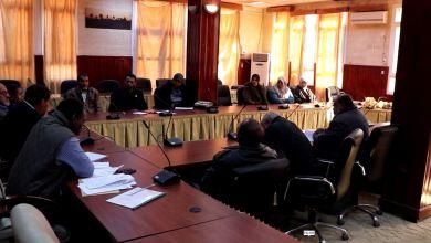 بلدي غدامس يجتمع مع قطاع التعليم لمناقشة مشاكله ومختنقاته