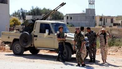 """عناصر من قوات الوفاق في معسكر قرب طرابلس -""""أرشيفية"""""""