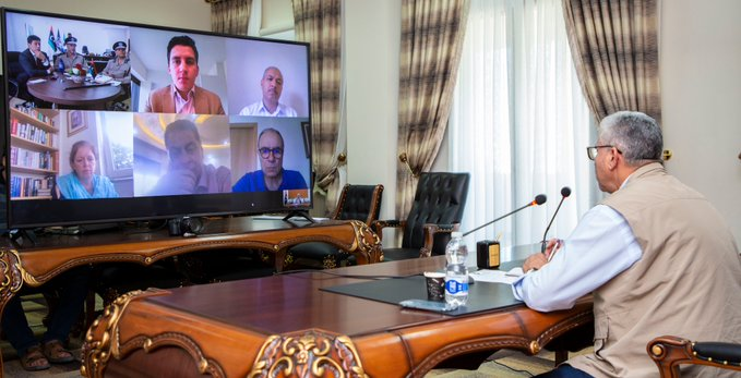 فتحي باشاغا يناقش مع ستيفاني وليامز آليات تسريح المجموعات المسلحة ونزع سلاحها