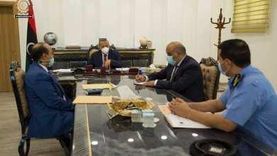 رئيس الحكومة الليبية عبدالله الثني يحث على ممارسة جهاز الحرس البلدي لصلاحياته