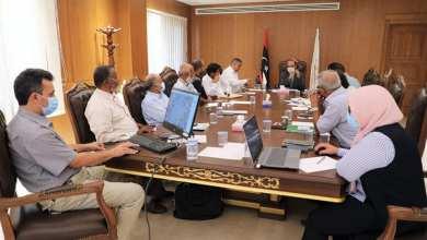 عميد بلدية بنغازي يستعرض مع رؤوساء 6 مجالس محلية المشاريع المنجزة والمزمع تنفيذها
