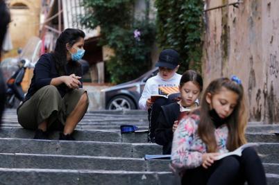 173-194324-corona-streets-italian-town-school-4