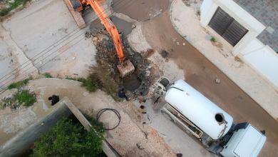 غرفة الطوارىء بالمجلس البلدي البيضاء تعالج مختنقات البنية التحتية بعد الأمطار الغزيرة
