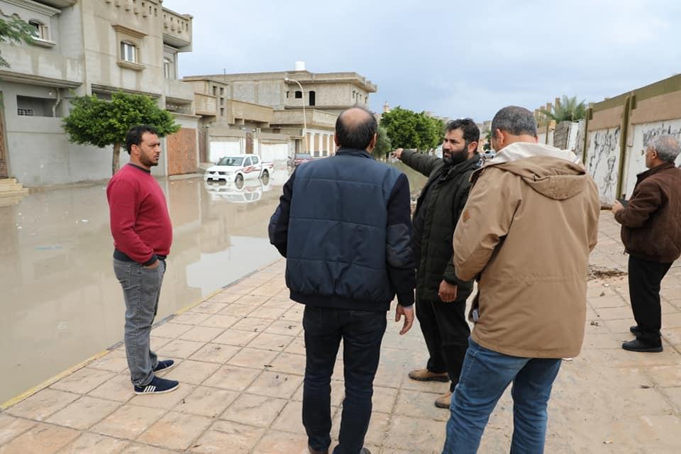 المجلس البلدي طبرق يبحث حلول أزمة غرق المنازل بسبب الأمطار