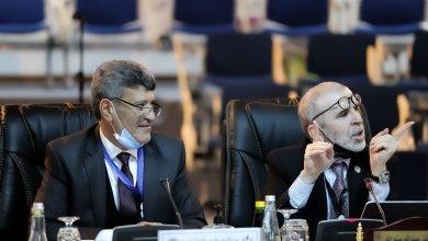 مصطفى صنع الله رئيس المؤسسة الوطنية للنفط يترأس اجتماع الجمعية العمومية لشركة زلاف لاستكشاف وانتاج النفط والغاز في مدينة البريقة