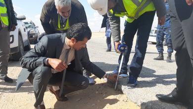 وكيل مواصلات الحكومة الليبية في جولة ميدانية لمشروع الطرق المؤدية لمدينة زلة