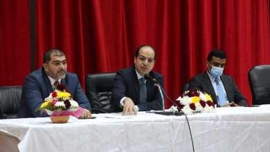 معيتيق يلتقى الدفعة 16 بالمعهد الدبلوماسي في طرابلس