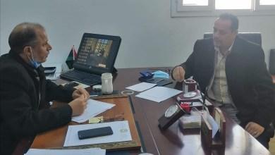 وزارة العمل تبحث في إعادة تنظيم شؤون سوق العمل
