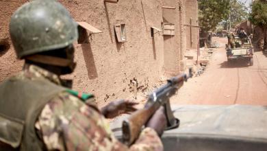 """دورية مشتركة بين جيش مالي والقوات القرنسية في مواجهة تنظيمي القاعدة وداعش -""""أرشيفية"""""""