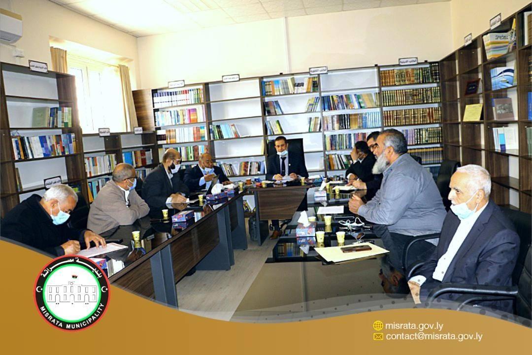 اجتماع تقابلي بين بلدي مصراتة ومراقبة التعليم
