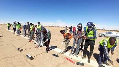 حملة تطوعية شبابية لترميم مهبط مطار أوباري المدني لأجل استئناف الرحلات الجوية