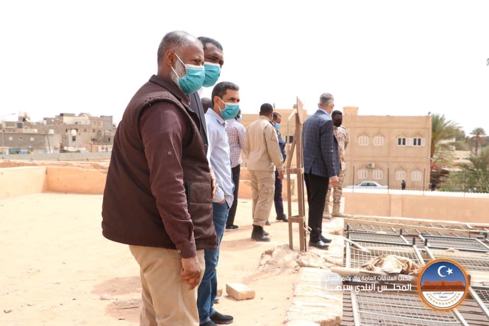"""وفد من """"بلدي سبها"""" يتفقد سطوح السجن بالمدينة ويرصد بنية تحتية متردية"""