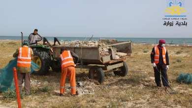 حملة لتنظيف شاطىء زوارة