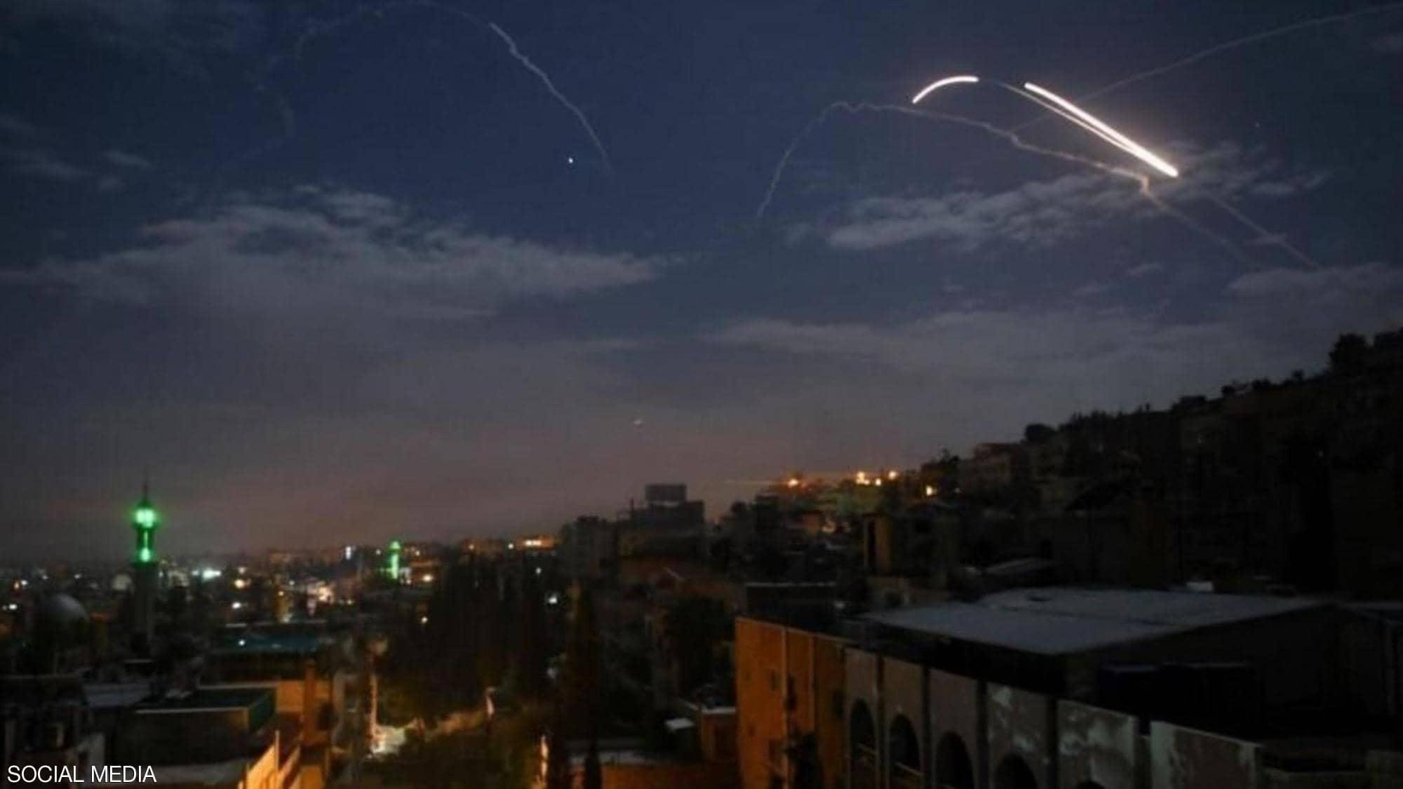 حسب الوكالة السورية للأنباء دفاعات الجو تتصدى لصواريخ إسرائيلية