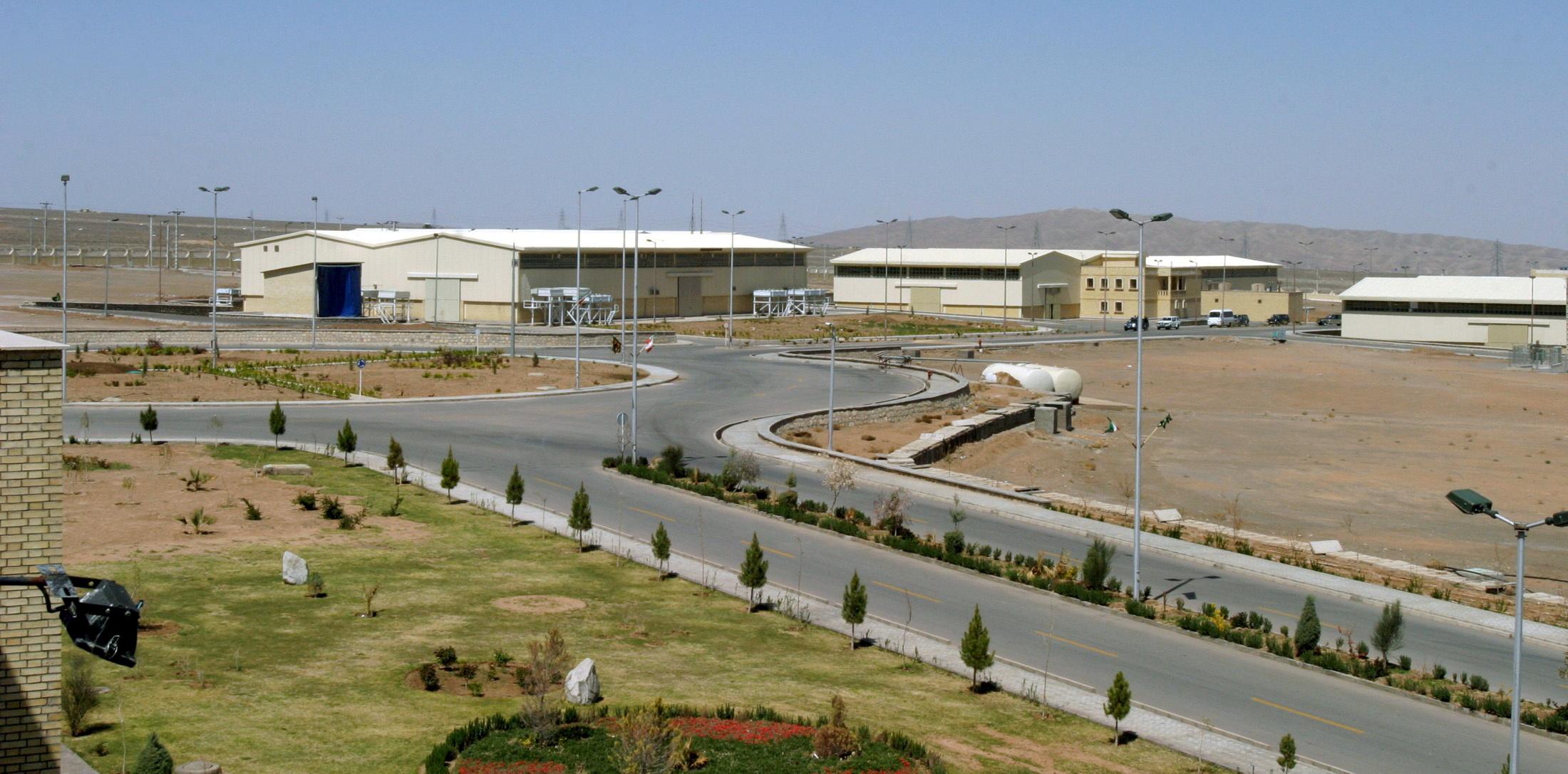 """منشأة نطنز لتخصيب اليورانيوم جنوبي العاصمة الإيرانية طهران –""""رويترز"""""""