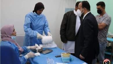 وزير الصحة يتفقد بعض العيادات المجمعة في بنغازي