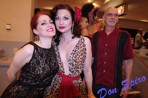 Jo (Weldon) and Kitten (On The Keys!) decided to turn up and just look drop dead gorgeous. Success ladies!    ©Don Spiro