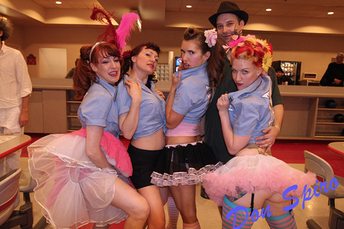 Melody Mangler (right) and her merry minxes!  ©Don Spiro
