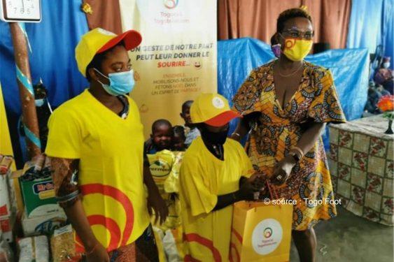 *Togo Foot* : Togocom soutient l'association secours d'en haut à travers une remise de dons
