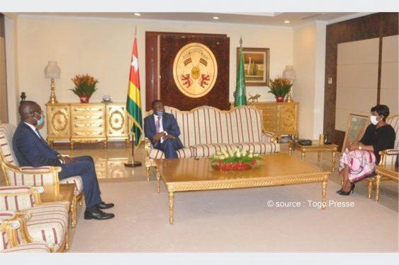 *Togo Presse* : Le chef de l'Etat échange avec plusieurs personnalités arrivées au Togo dans le cadre de la 2eme réunion du Groupe de soutien à la transition au Mali