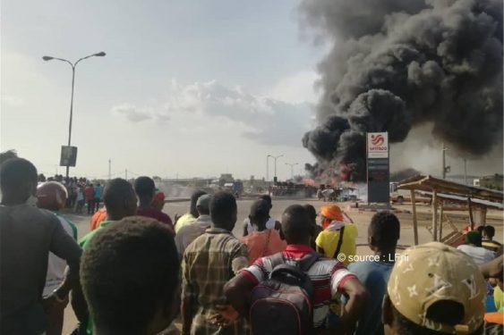 *L-Frii* : Togo : Violent incendie d'un camion d'essence à Agoè Zongo ce lundi (Vidéo)