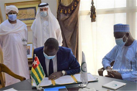*République Togolaise* : Le Togo adhère au Centre de Travail de l'Organisation de la Coopération Islamique