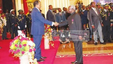 Massi Gams et Paul BIYA