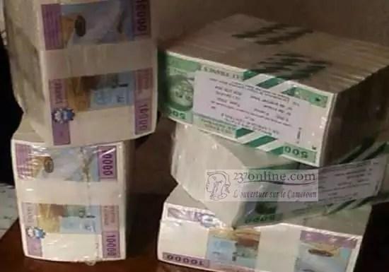 Liasse d'argent CFA