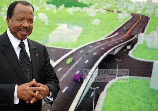 Paul Biya et l'autoroute Yaoundé Nsimalen