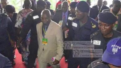 Photo de Cameroun: Tombi A Roko suspendu à vie de la Fécafoot