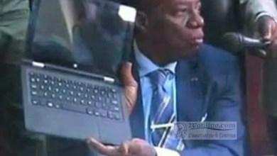 Photo of 500 000 ordinateurs : Jacques Fame Ndongo et le scandale de 75 milliards
