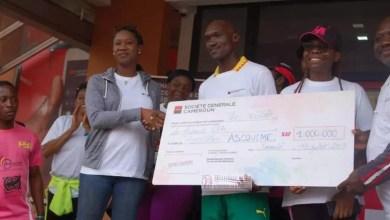 Photo of SG Cameroun offre 1000000 de FCFA à l'association ASCOVIME pour soutenir son action humanitaire