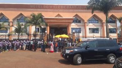 Photo of Commune de Bandjoun : Victor Fotso donne à l'État, un immeuble de plus de 4 milliards de FCFA