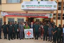 Photo of Cameroun: Un manuel qui prône le droit humanitaire dans l'Armée