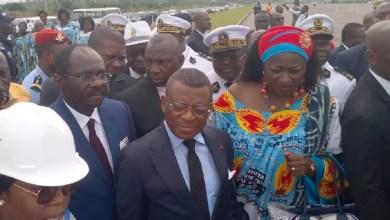 Photo of Joseph Dion Ngute en campagne électorale à Douala