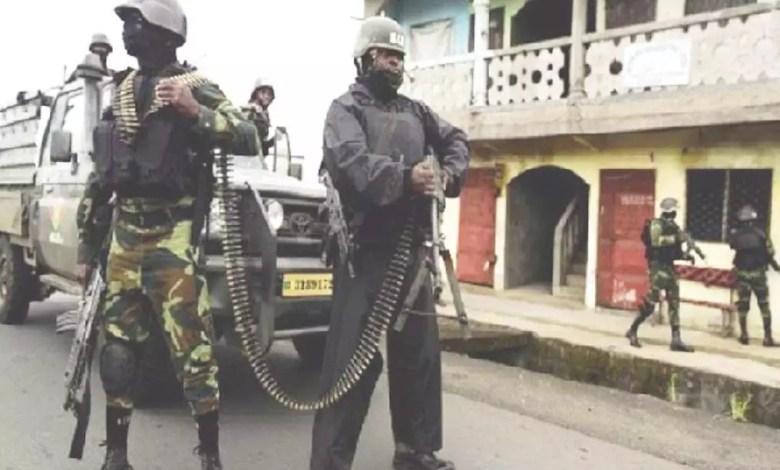Police camerounaise en action