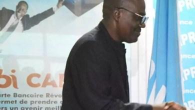 Photo of Décès du taximan Bisou Bass : le PDG de Royal FM soutient la veuve