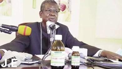 Photo of Coronavirus – Le Cameroun franchit la barre de 4000 guéris: Mgr Samuel Kléda présente ses médicaments miracles