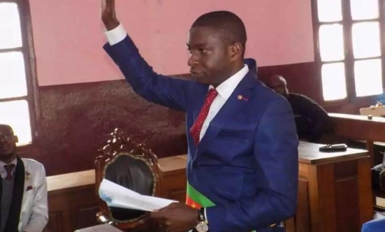 Joseph Nguessieuk pretant serment