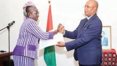 Guindo Woya Oumou et Naserie Paul BEA
